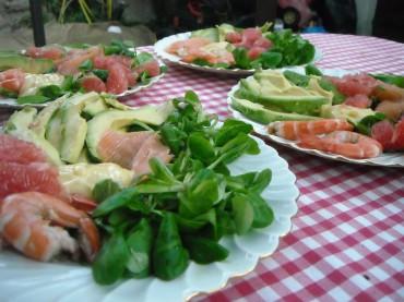 Salade saumon crevette pamplemousse